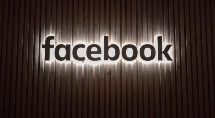 Facebook IA : la traduction automatique sans passer par l'anglais